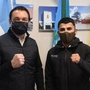 El campeón de boxeo Junior Zárate se reunió con Andrés Watson antes de su pelea por los títulos Sudaméricano y Latino